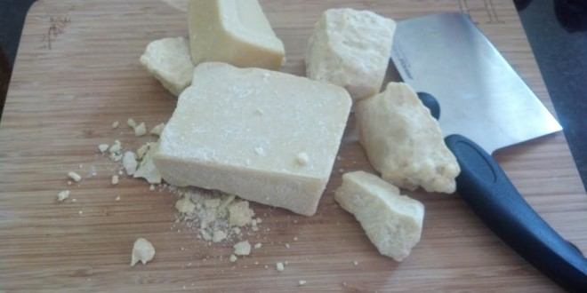 Cacao butter chunks