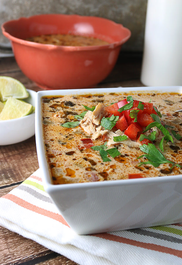 All the fantastic flavors of an enchilada made into a warm, hearty, and delicious #lowcarb soup!  Shared via www.ruled.me/