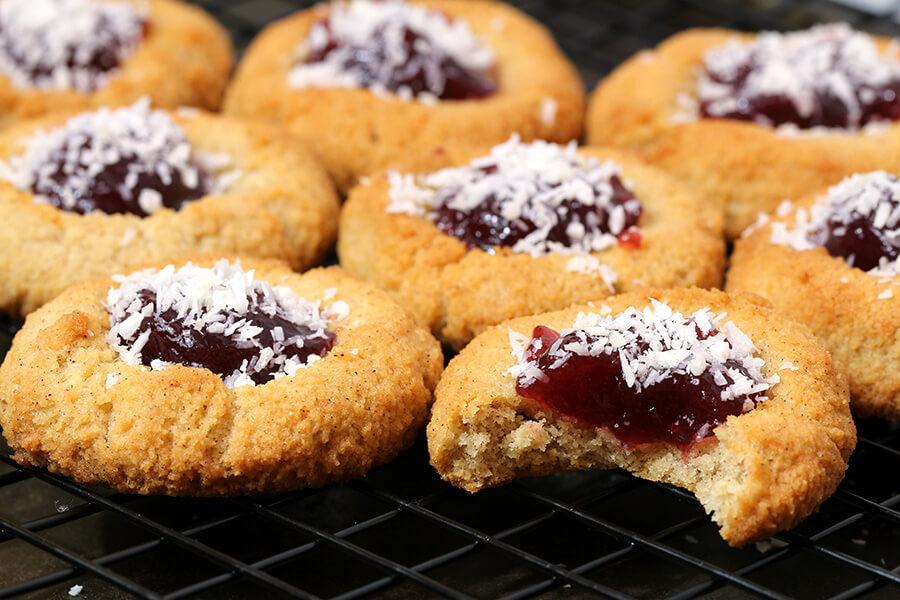 Keto Amaretti Cookies