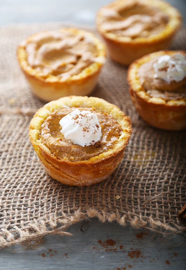 Low Carb Pumpkin Cheesecake Tarts