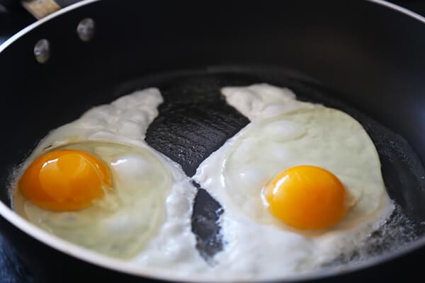 Sausage, Bacon & Egg Baskets