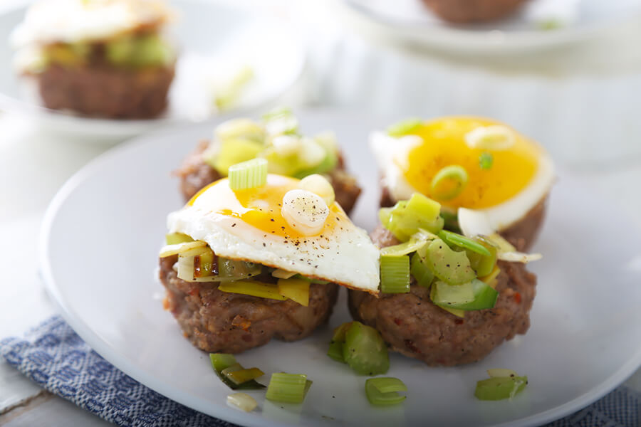 Keto Bites: Sausage, Bacon & Egg Baskets