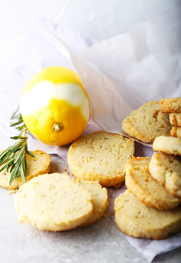 Lemon & Rosemary Low Carb Shortbread