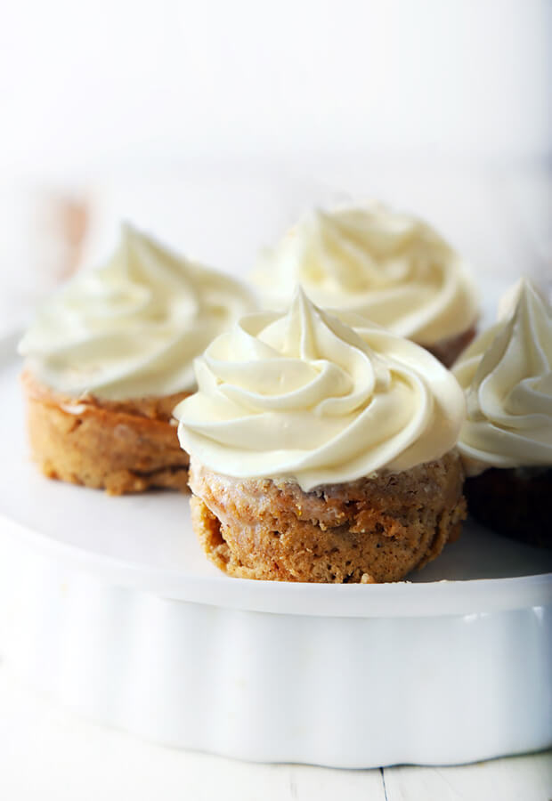 Low Carb Spice Cakes