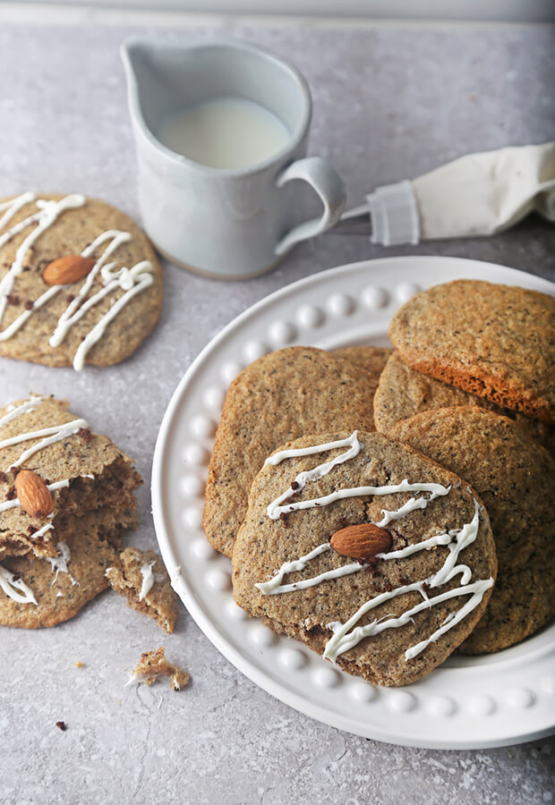 Low Carb Vanilla Latte Cookies