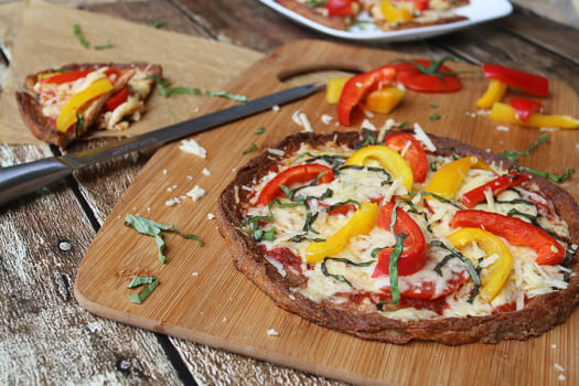 Click to see how to make the fresh bell pepper basil pizza