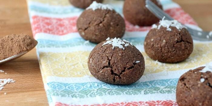 Keto Chocolate Coconut Macaroon Cookies