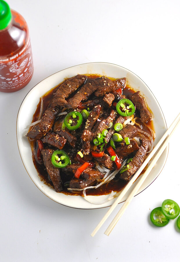 #Keto Crispy Sesame Beef - a perfect way to fight the cravings! Shared via www.ruled.me/