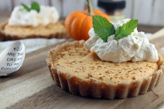 Click to see how to make the no bake pumpkin pie cheesecake