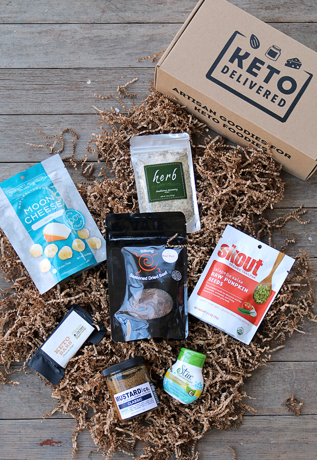 An overview of the Keto Delivered November Box: Artisan goodies for keto foodies! A ketogenic farmers market experience delivered right to your doorstep. Shared via //www.ruled.me/