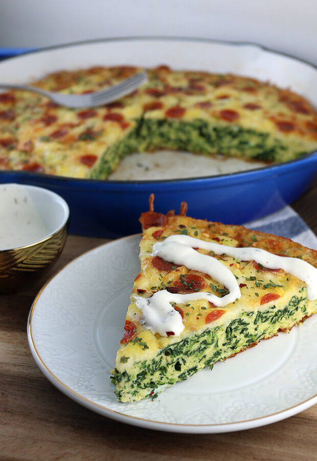 A great low-carb way to spice up your morning routine. Grab a slice of this super nutritious White Pizza Frittata before heading to work! Shared via //www.ruled.me/