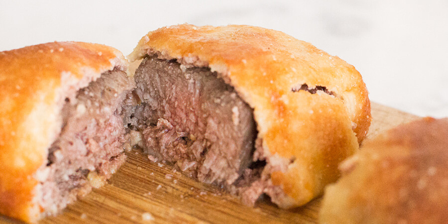 how to cut beef wellington