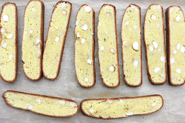 Speculoos and Macadamia Biscotti