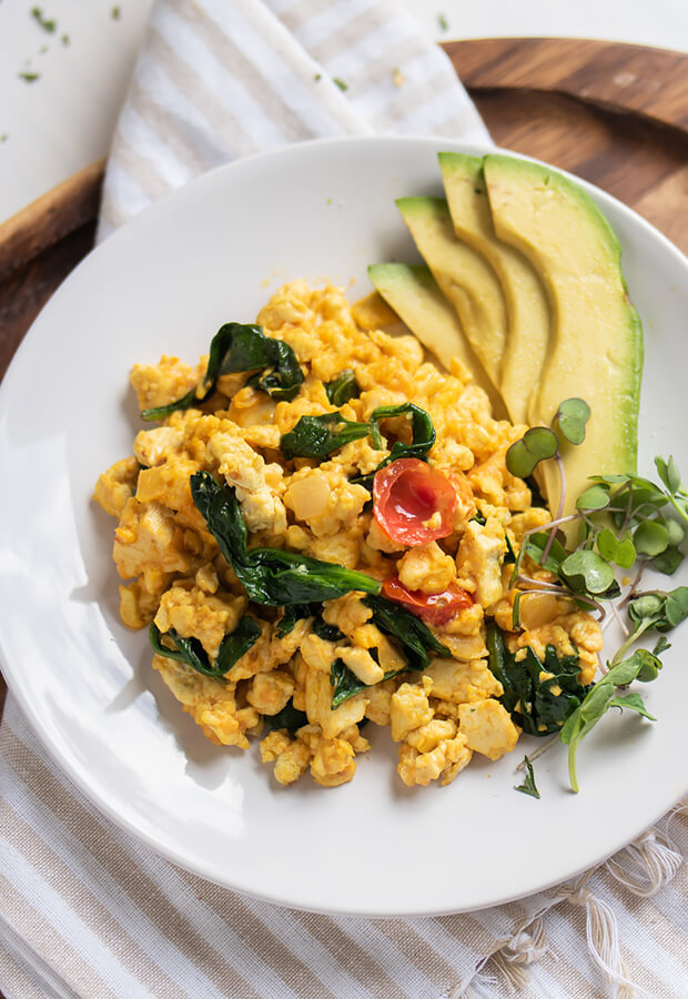 Vegan Keto Scrambled Eggs