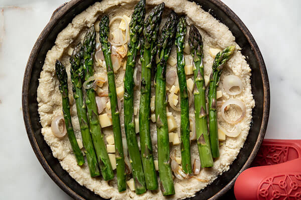 Asparagus and Gruyere Keto Quiche
