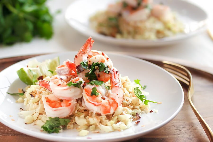 Cilantro Lime Shrimp with Crispy Coconut Caulirice