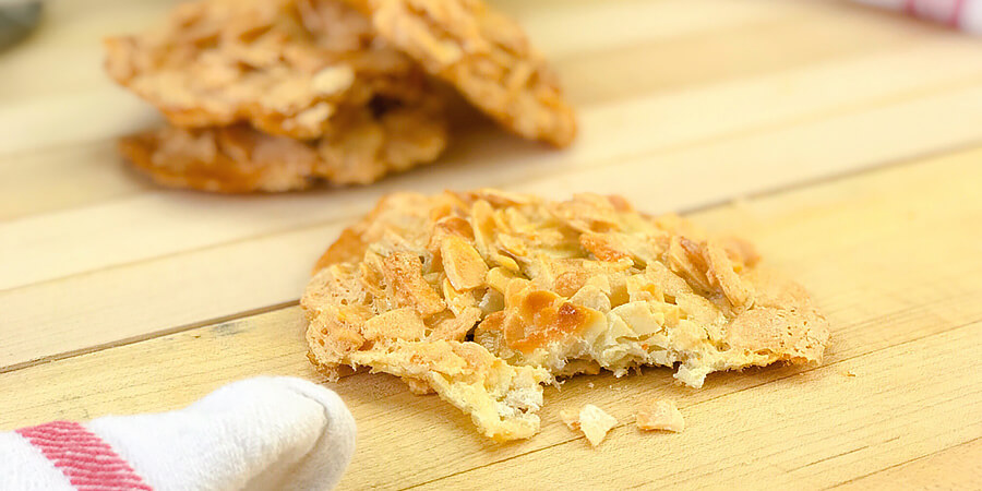 Almond and Coconut Crackle Cookies