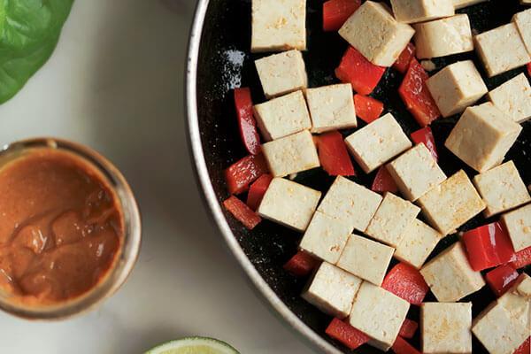 Spicy Peanut Tofu Lettuce Cups