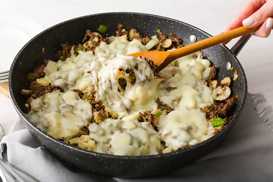 Keto Philly Cheesesteak Skillet