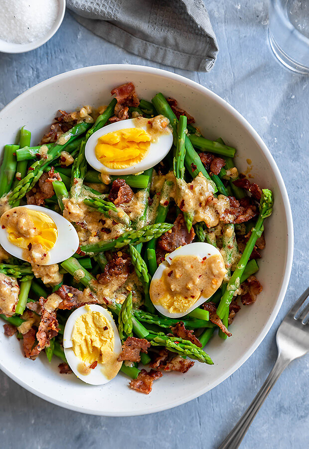 Keto Asparagus, Egg, and Bacon Salad