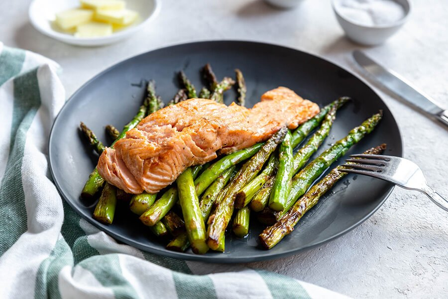 One-Pan Keto Salmon and Asparagus