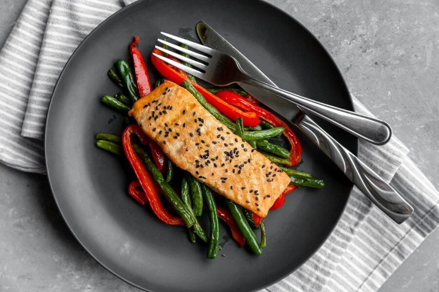 Keto Asian Salmon Green Bean Sheet Pan