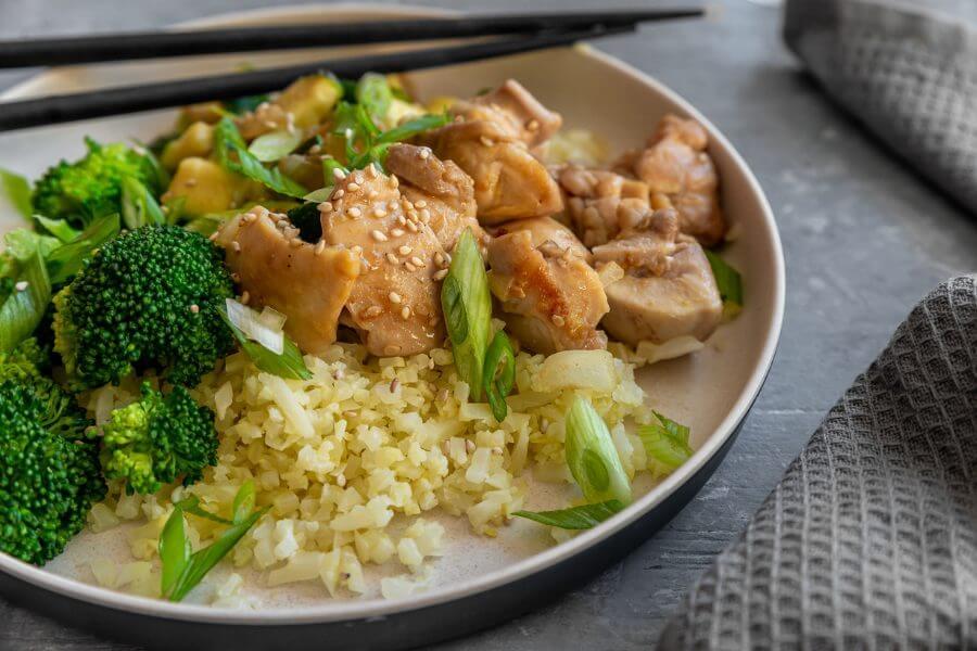 Keto Chicken Teriyaki Bowl